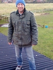 barry 53 y.o. from UK