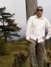 Emiliano 50 y.o. from Italy