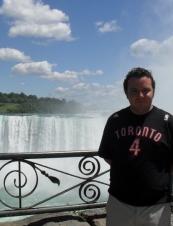 Fernando 37 y.o. from Canada
