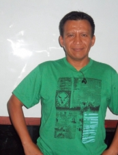 manuel 52 y.o. from Peru