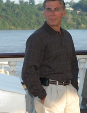 Michael 72 y.o. from USA