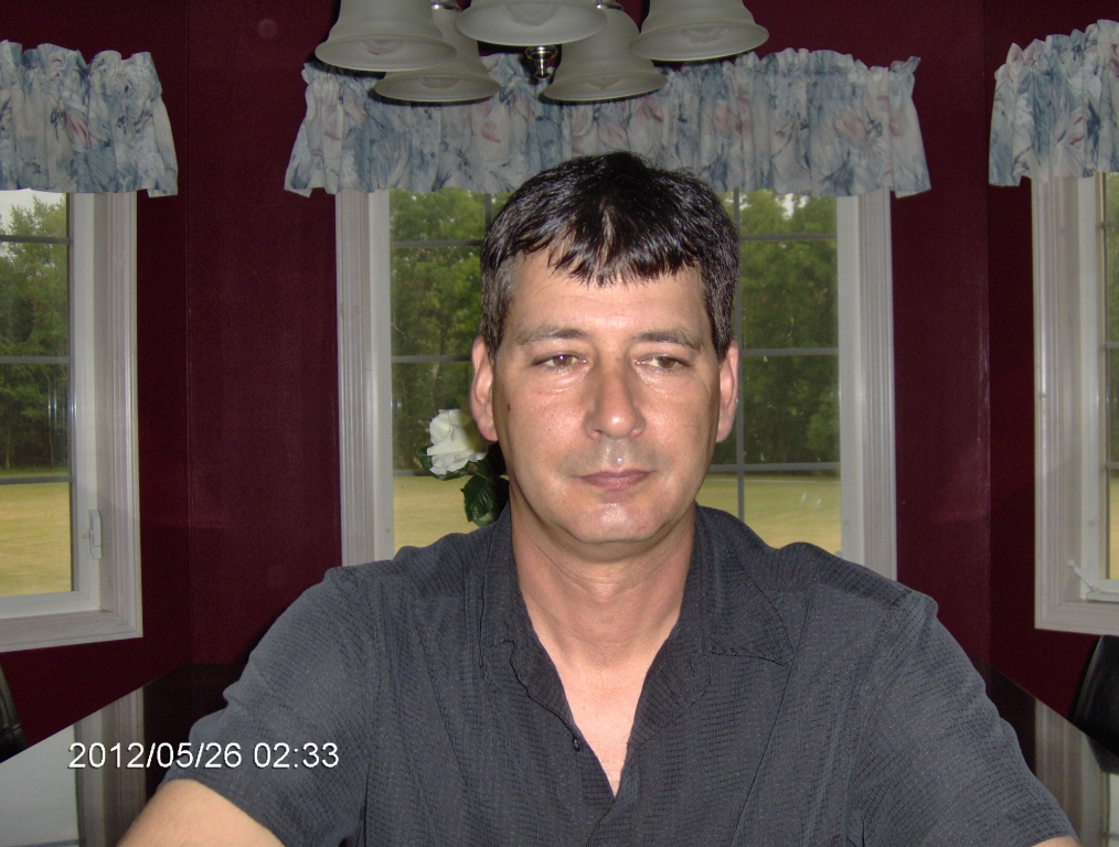 tracy divorced singles With rural arkansas beginnings, tracy lee lawrence took nashville,  lawrence  married rodeo barrel racer frances weatherford in 1993 they divorced in 1996   released in late 1991, sticks and stones produced four singles on the.